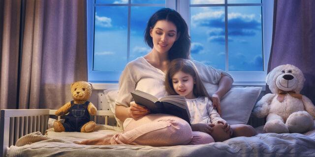 Насколько полезно слушать детям сказки на ночь: преимущества аудиосказок, когда знакомить с произведениями
