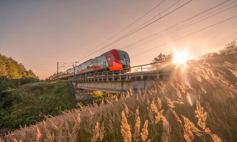 поезд красивые картинки сейчас является ведущими