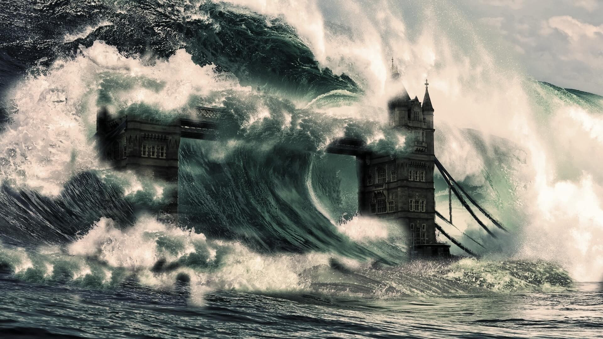 К чему снится цунами или большая волна - сонник женщины
