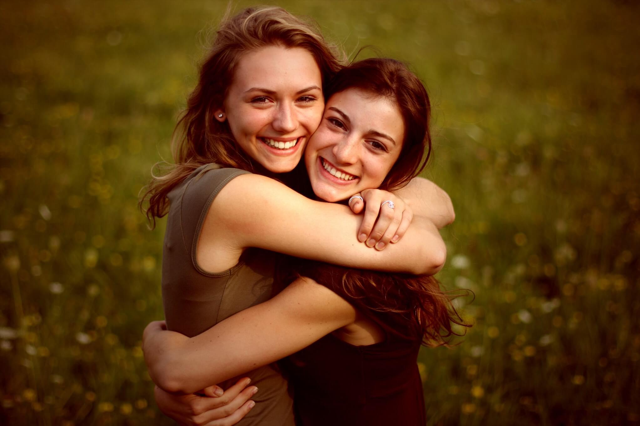 Картинки лучшие подруги приветливые лица