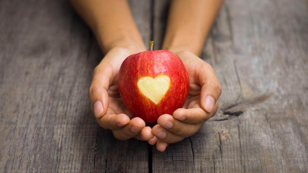 Приворот на яблоко: как сделать приворот на расстоянии самостоятельно