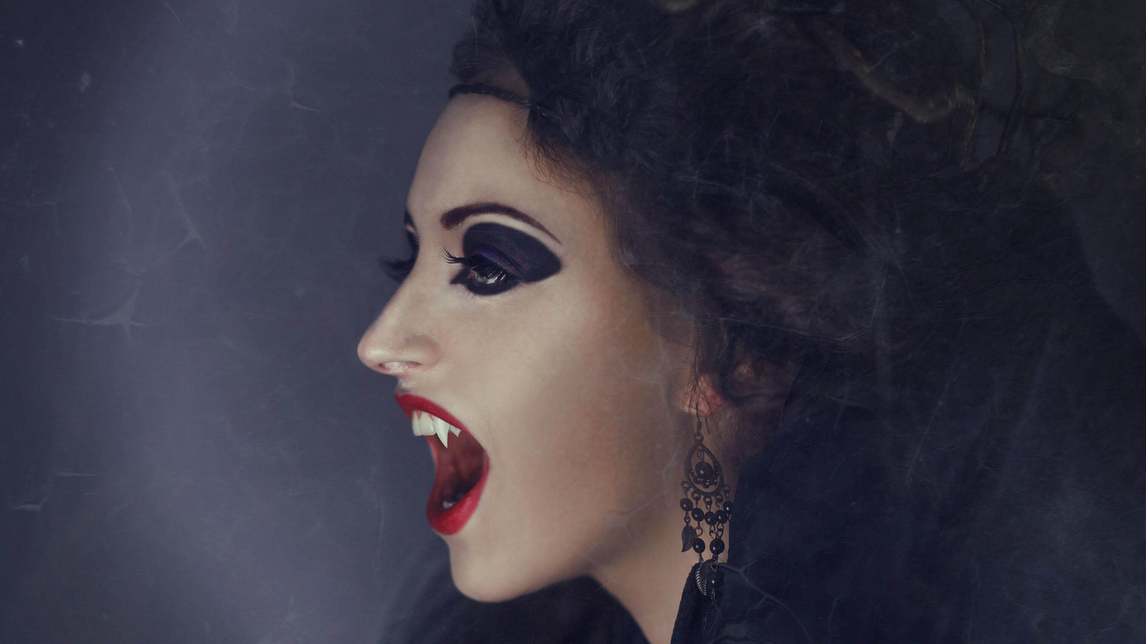 К чему снятся вампиры - сонник женщине, девушке и мужчине