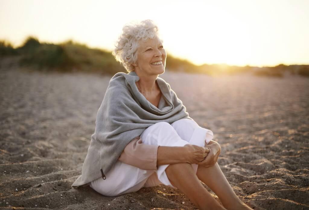 К чему снится умершая бабушка внучке - сонник и толкование
