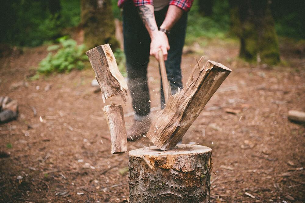 человек колет дрова картинки этот раз