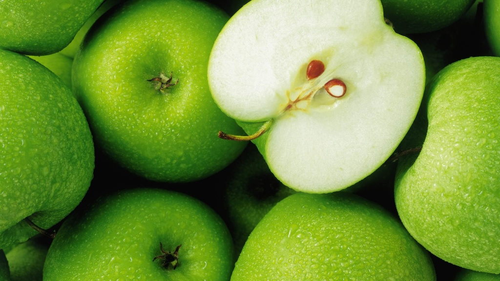 К чему снятся яблоки женщине.jpg