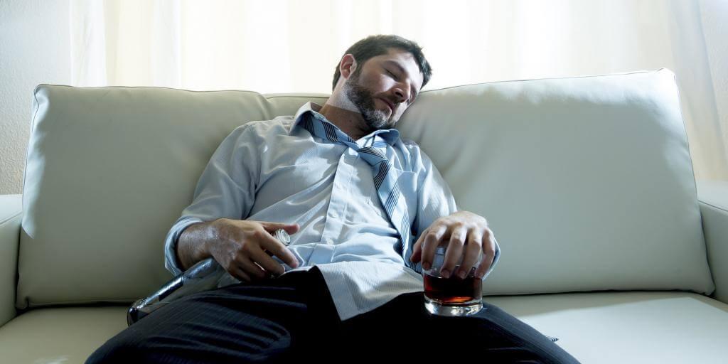 Приснился пьяный муж во сне жене.jpg