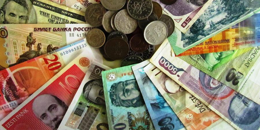 Заговор в новолуние на деньги.jpg